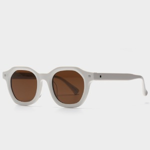 어크루 Safdie WH (Brown Lens)